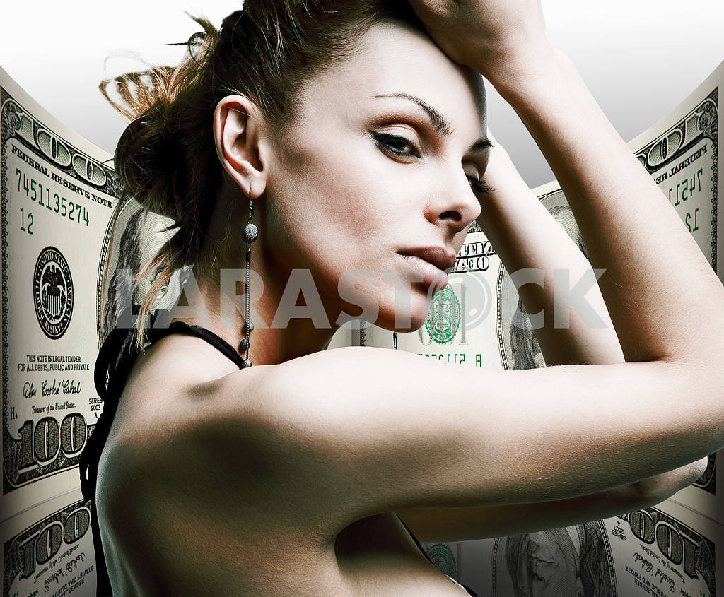 Portrait beautiful young woman. Money, 100 american dollars — Image 10413