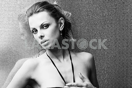 Portrait beautiful young woman with bright background