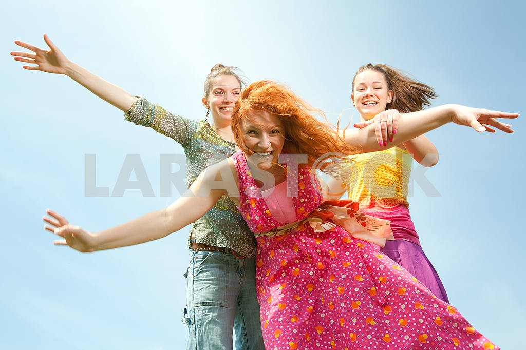 Mom and two Daughter Having Fun — Image 11548
