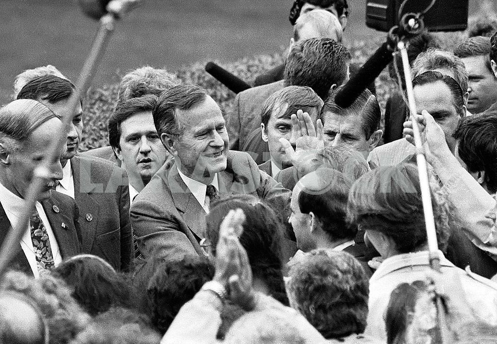 Джордж Буш в Киеве 01.08.1991 — Изображение 11707