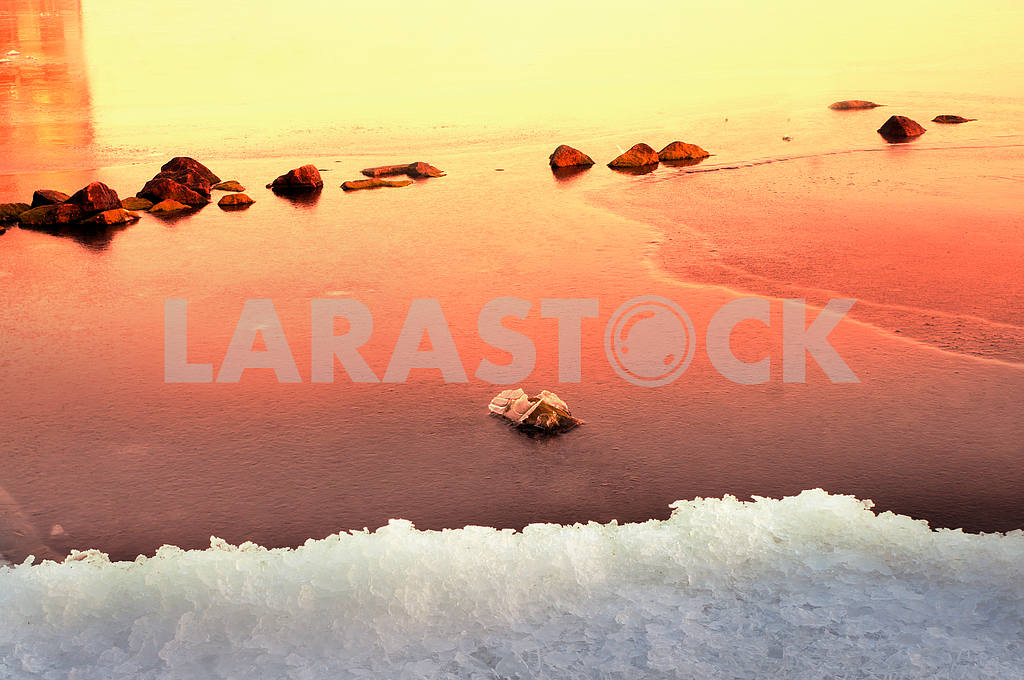 Ice on the Dnieper — Image 11838
