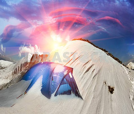 Палатка после шторма