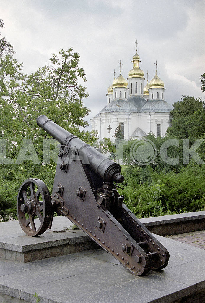 The cast-iron cannon in Chernigov — Image 13369