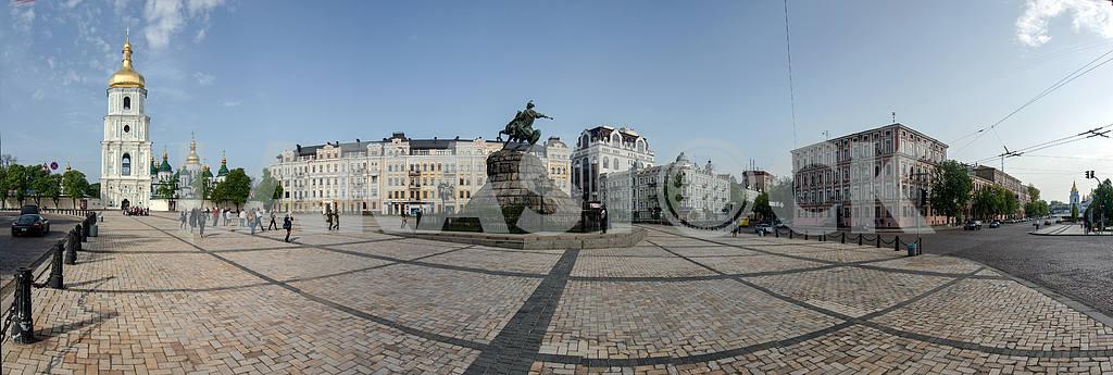 Kiev.Sofia square.Panorama