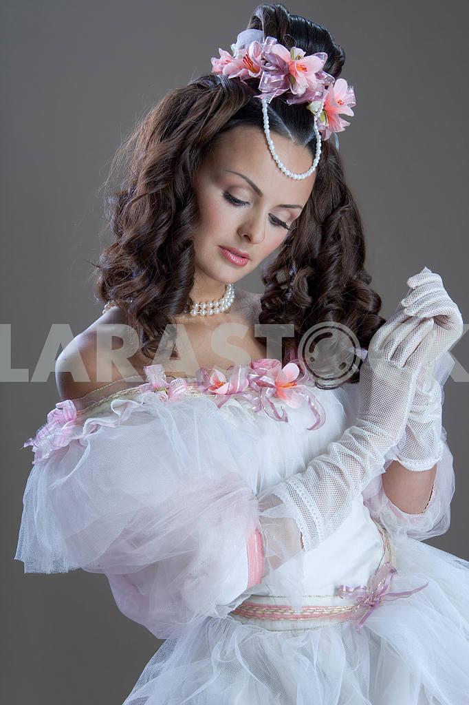 Fashion model posing — Image 13788