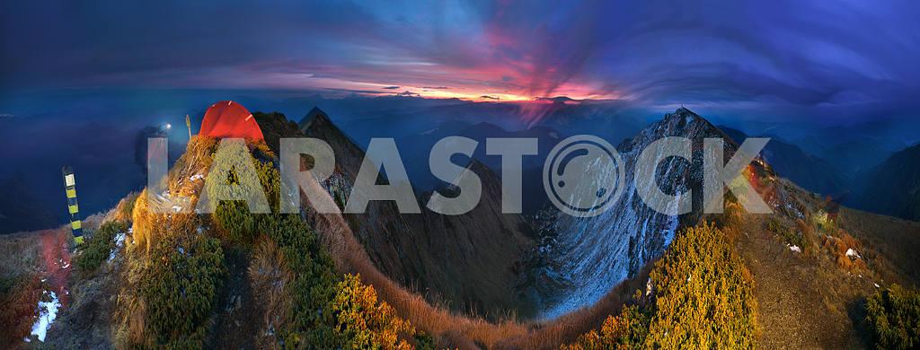 Sunrises on the top — Image 14769