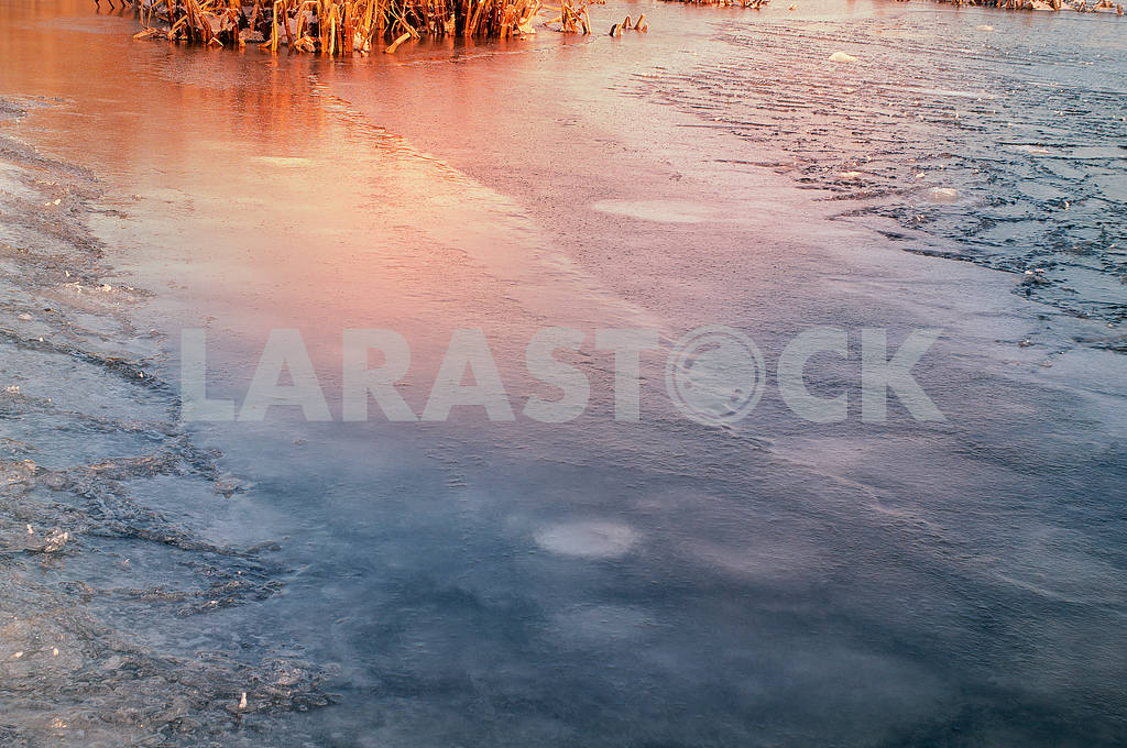 Ice on the Dnieper — Image 14959