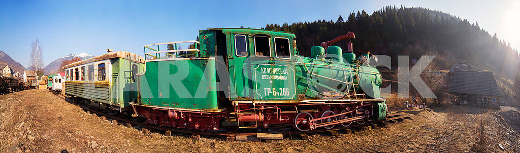 Carpathian vintage train — Image 15310