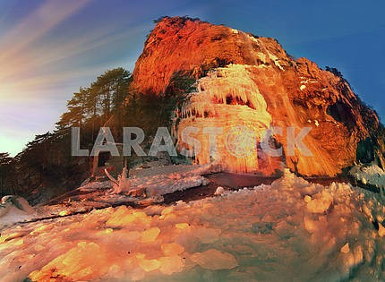 Wuchang-Su - waterfall in Crimea