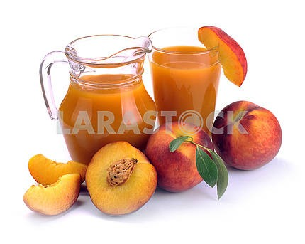 Peach juice and fruit
