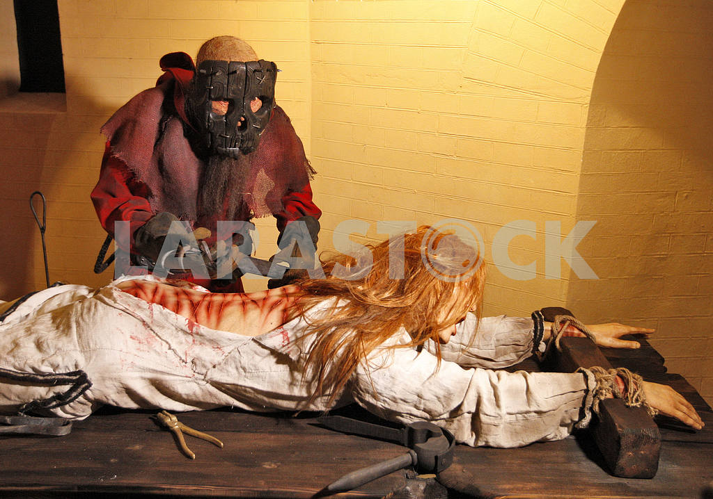 Medieval executions and punishments exhibition in Kiev — Image 17224