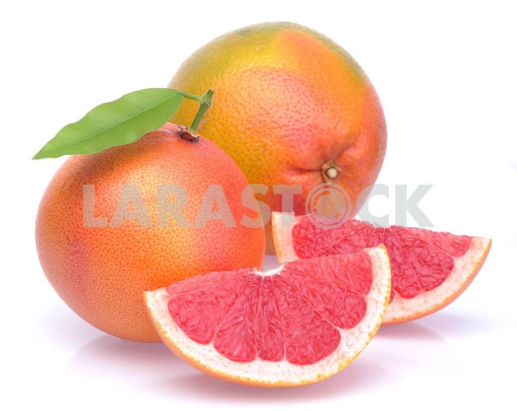 Grapefruit with segments — Image 17464