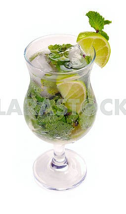 Mojito cocktail with lime