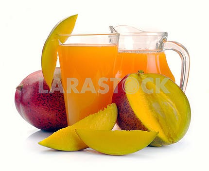 mango juice and fruit