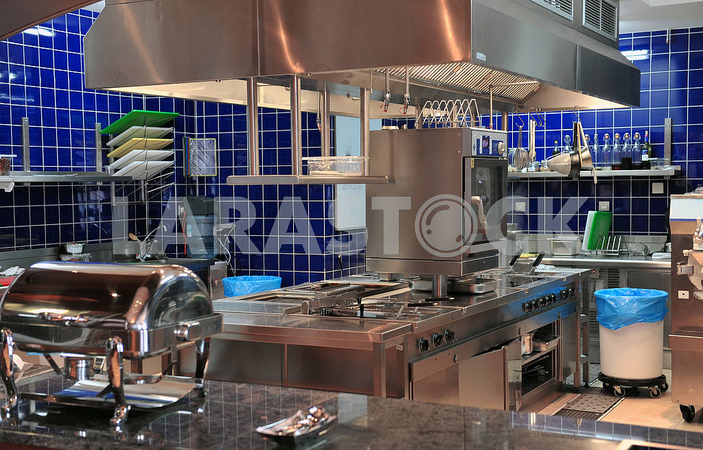 Typical kitchen of a restaurant — Image 17622