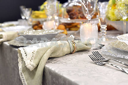 Luxury holiday place (table) setting