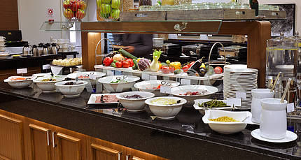 Smorgasbord - food choice in a restaurant