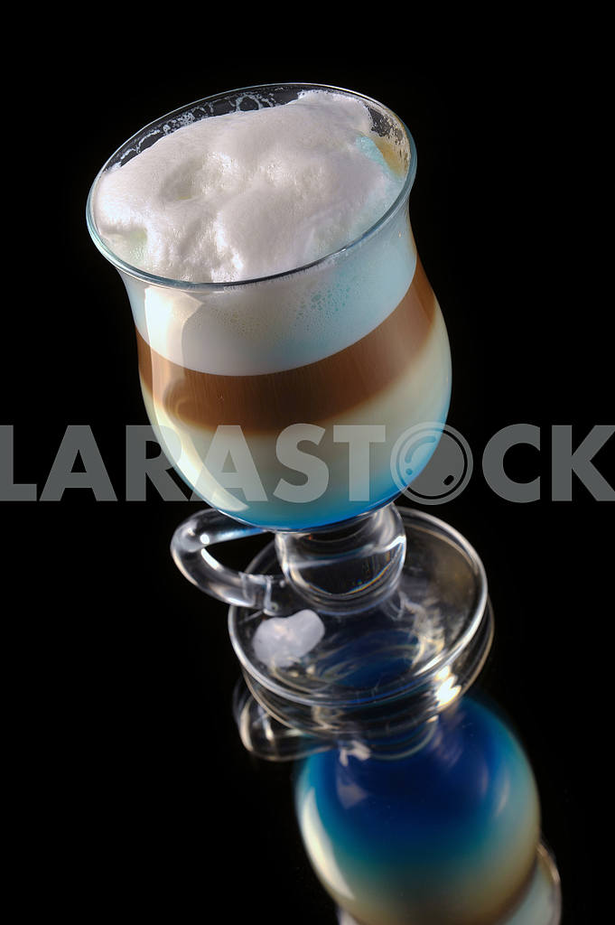 Cocktail with coffee and whipped milk and liqueur curacao — Image 17891