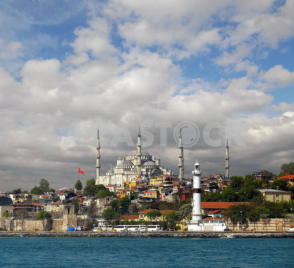 View of the mosque in Istanbul — Image 18003