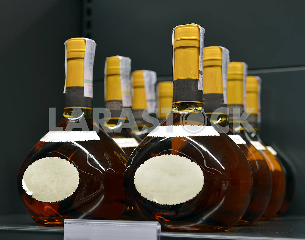 Brandy in the stores of alcoholic beverages — Image 18072