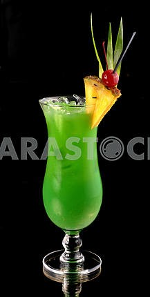 green cocktail with pineapple