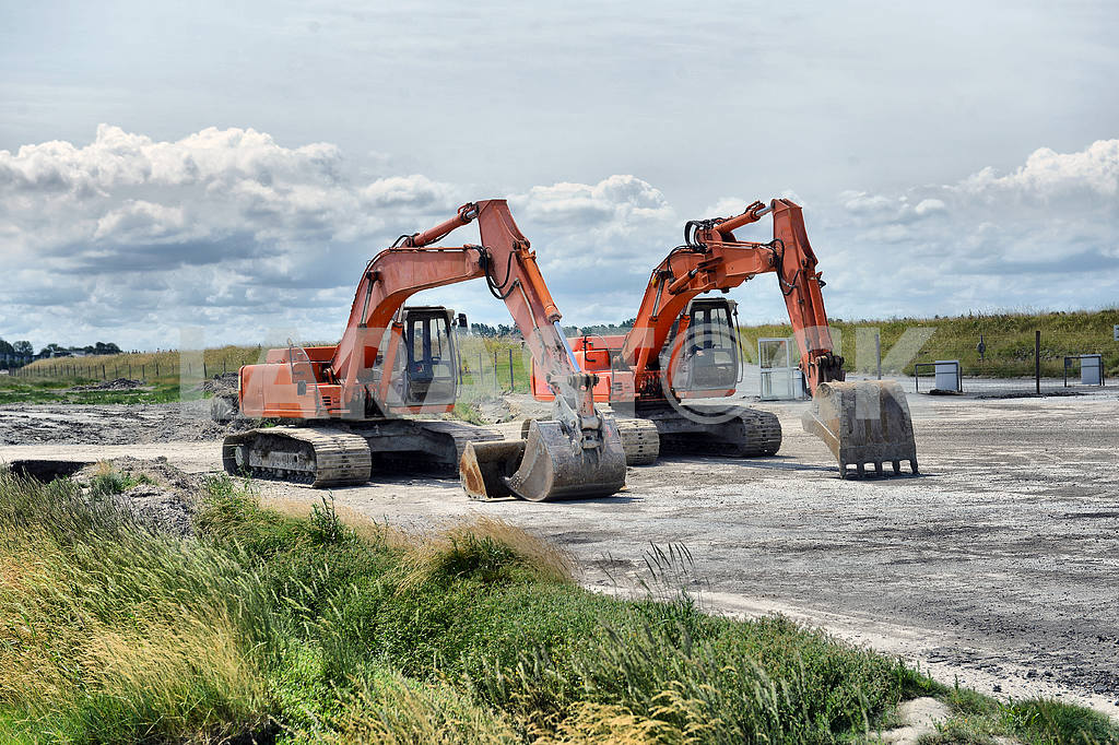 Two excavators — Image 18370