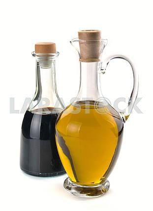 Balsamic vinegar and olive oil