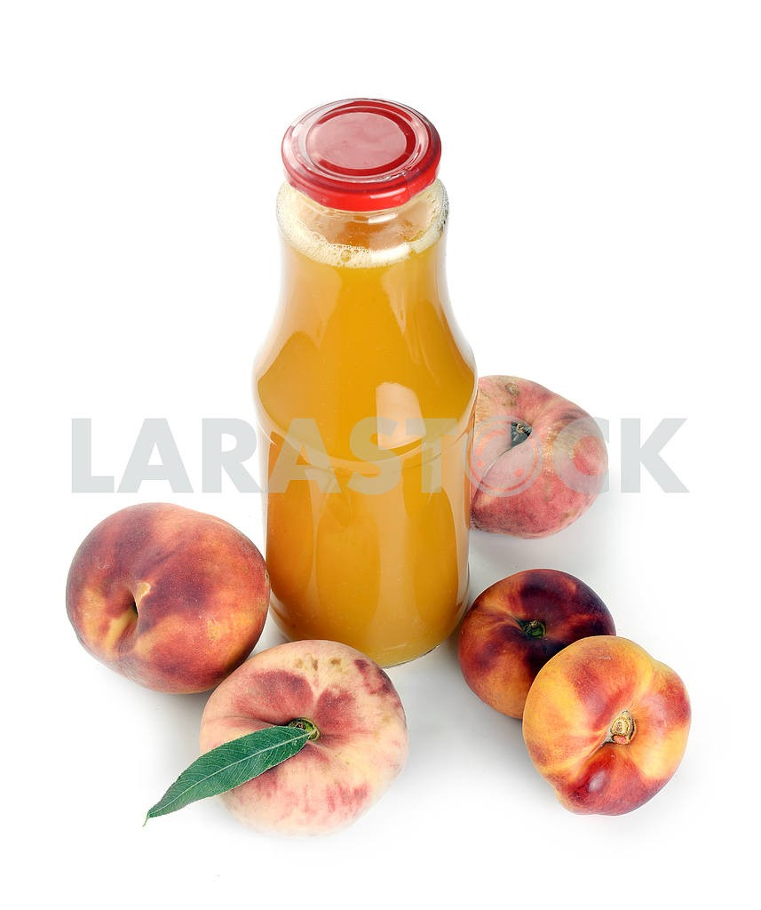 Peach juice in a bottle — Image 18447