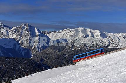 Прицеп для подъема лыжников