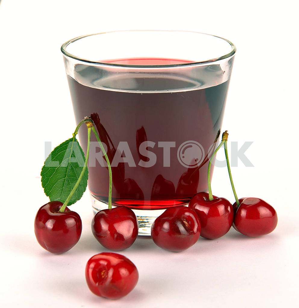 Cherry juice in a glass — Image 18623
