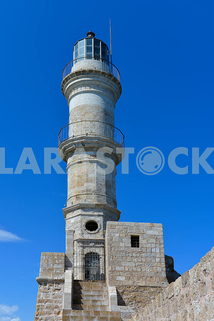 Lighthouse against the blue sky — Image 18795