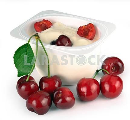 Yoghurt with cherry