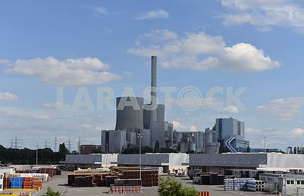 Industrial plant for the production of pipes