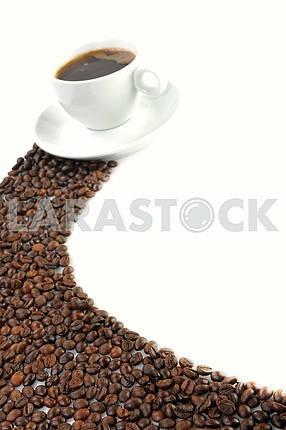 Чашка кофе и кофе в зернах