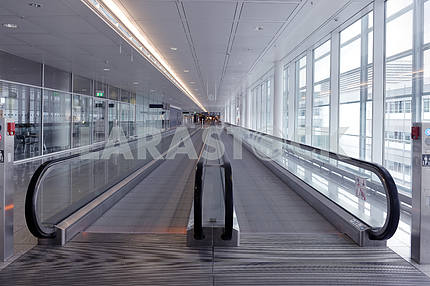 long horizontal escalator