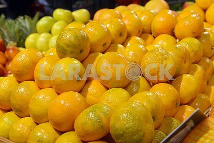 Tangerines on display