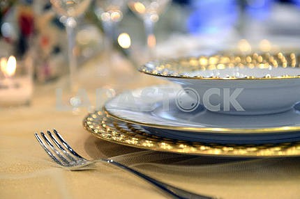 Luxury tableware