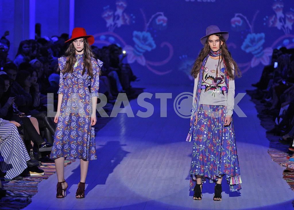 Ukrainian Fashion Week Spring/Summer 2016 — Image 19660