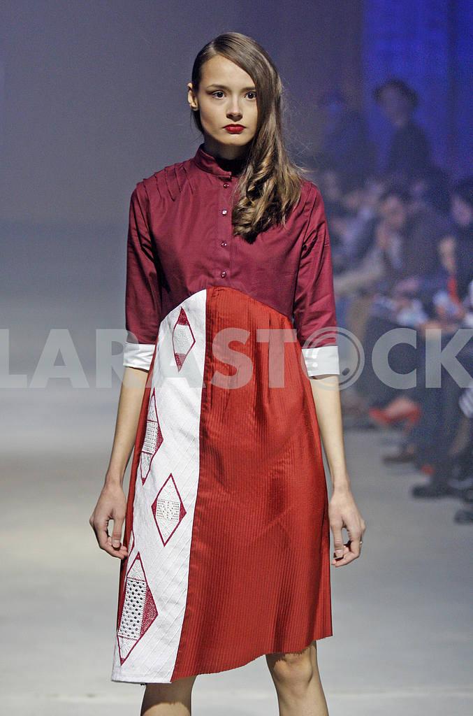 Ukrainian Fashion Week Spring/Summer 2016 — Image 19688