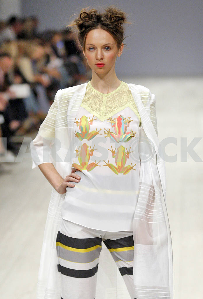 Ukrainian Fashion Week Spring/Summer 2016 — Image 19707