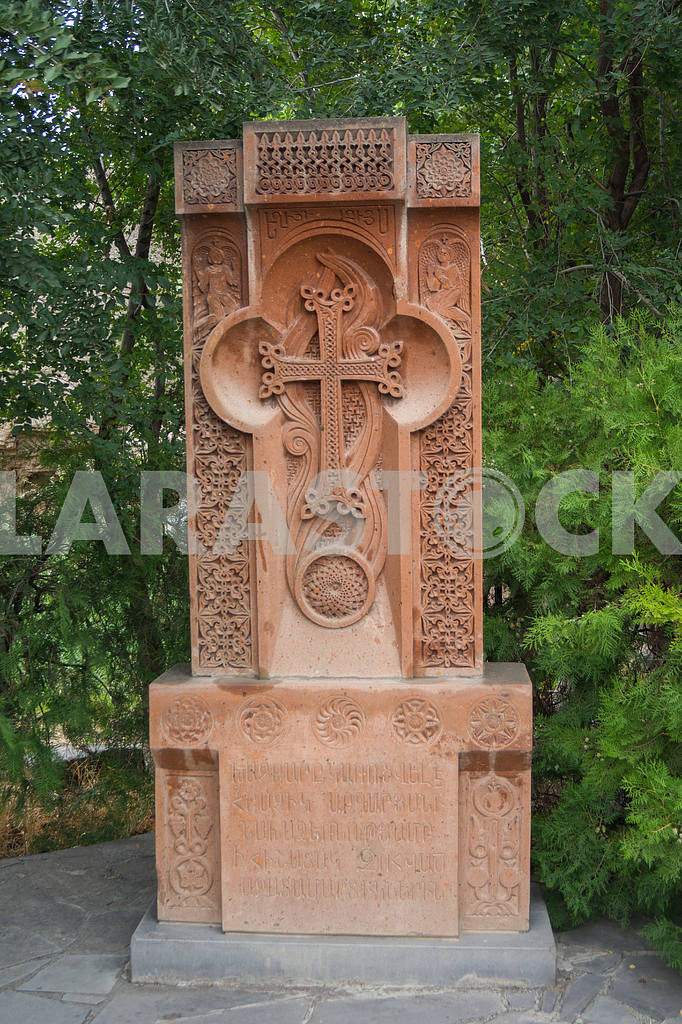 Khachkar. Saint Hripsime Church — Image 19948