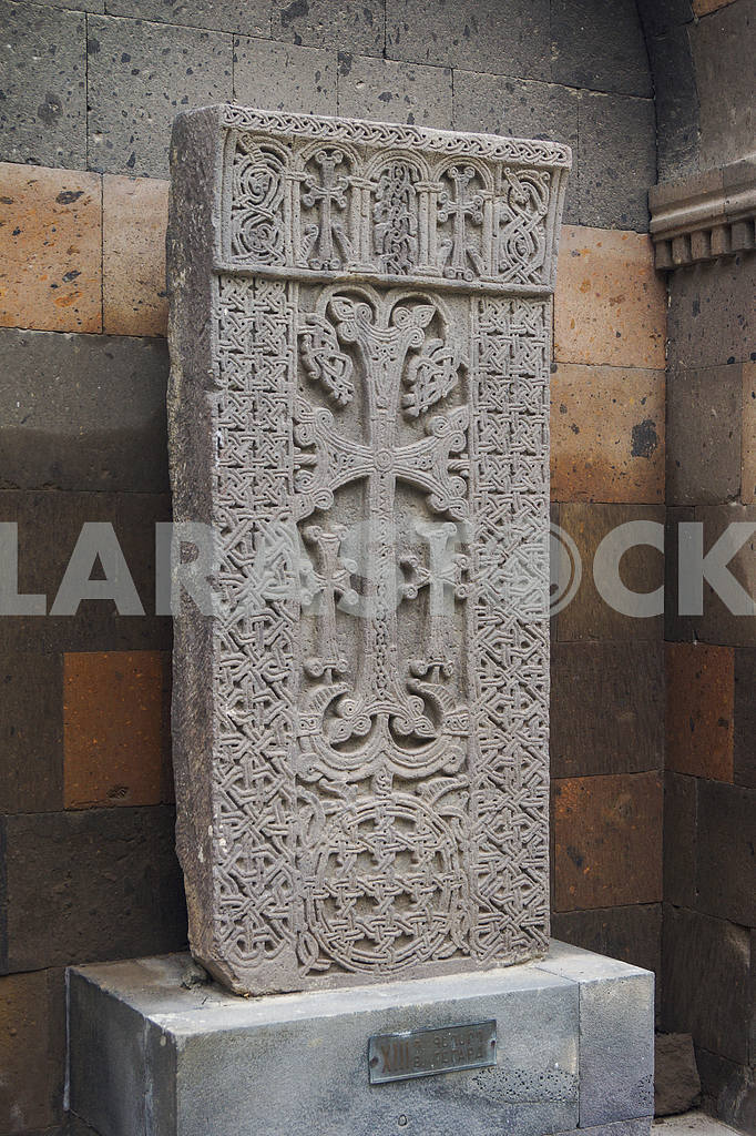 Khachkar. Echmiadzin Cathedral. — Image 19997