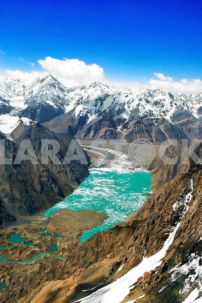 Glacial Lake Tien - Shan, Kazakhstan — Image 20