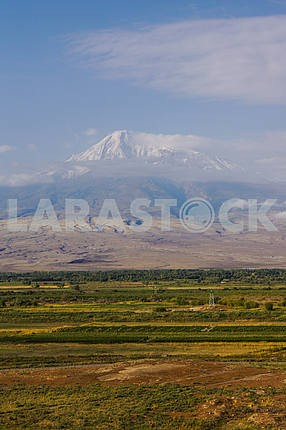 Panoramic views of Mount Ararat.