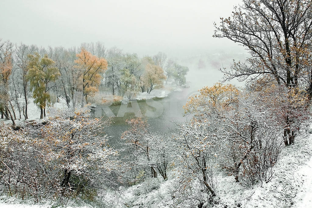 Zaporizhia. First snow — Image 20105
