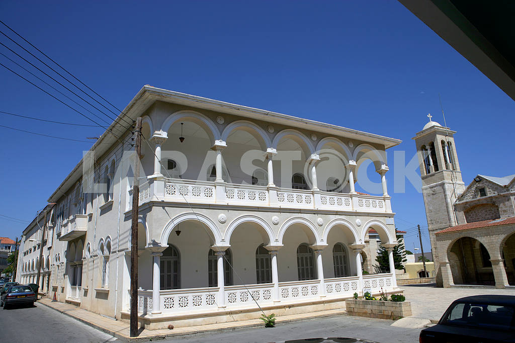 Ancient building on the street of Paphos — Image 20330