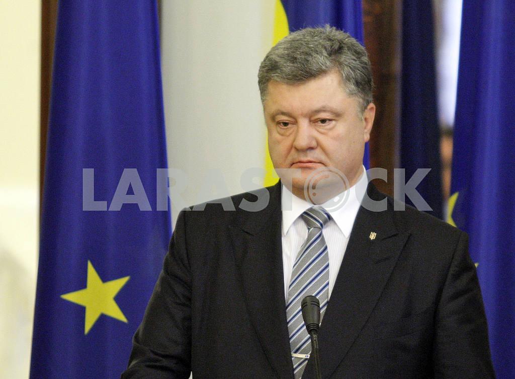 Federica Mogherini in Kiev — Image 20709