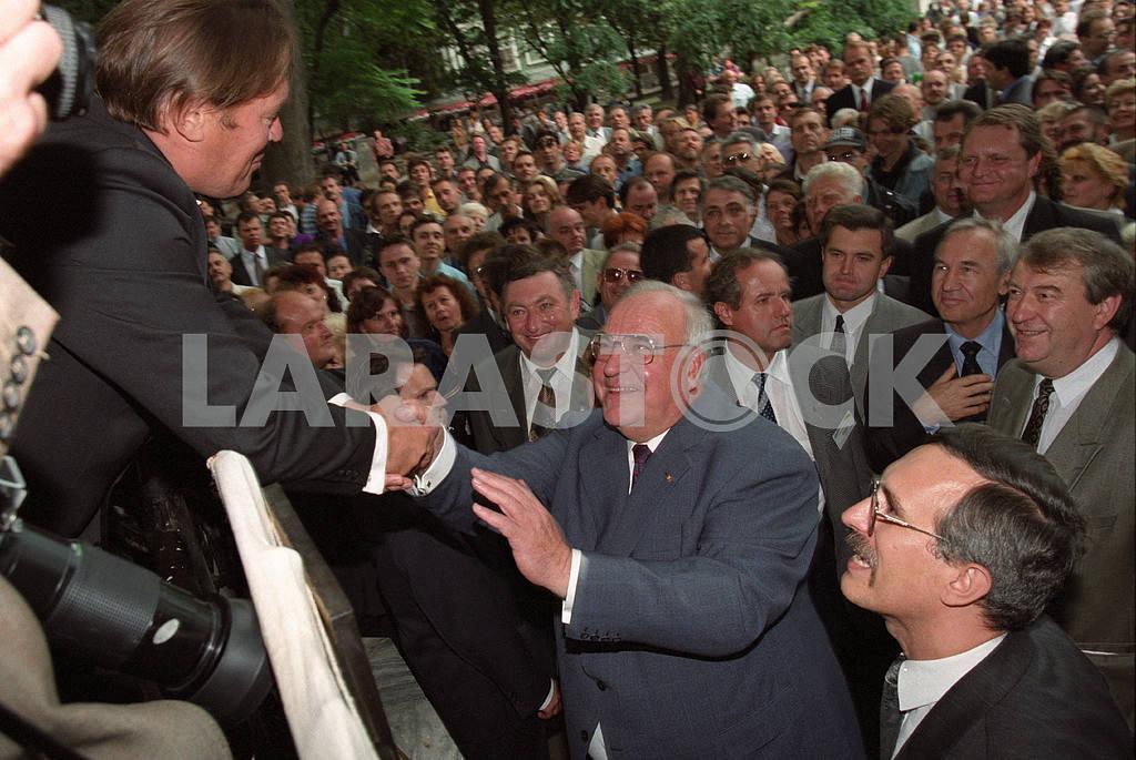 04.09.1996 Helmut Kohl in Odessa — Image 21075