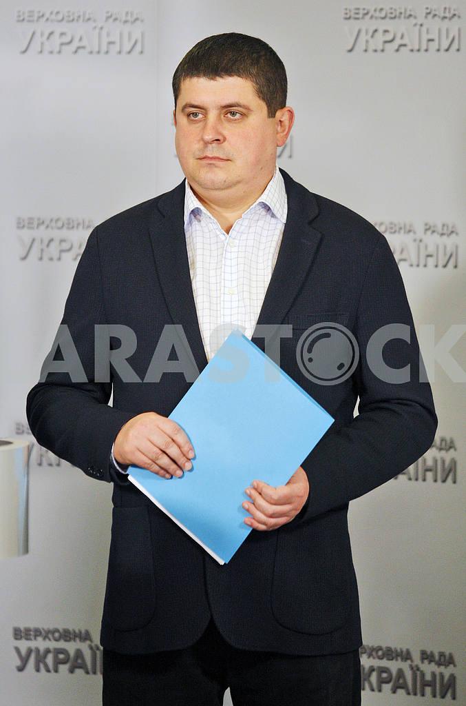 Maxim Burbak — Image 21208