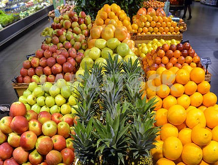 Showcases citrus